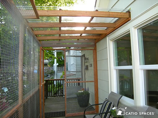 catio-deck-cat-enlosure-interior-baum-catiospaces
